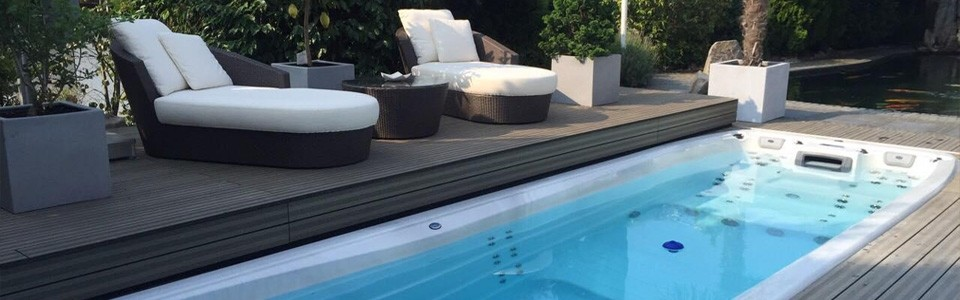 Spa en zwemspa roll deck cover systeem