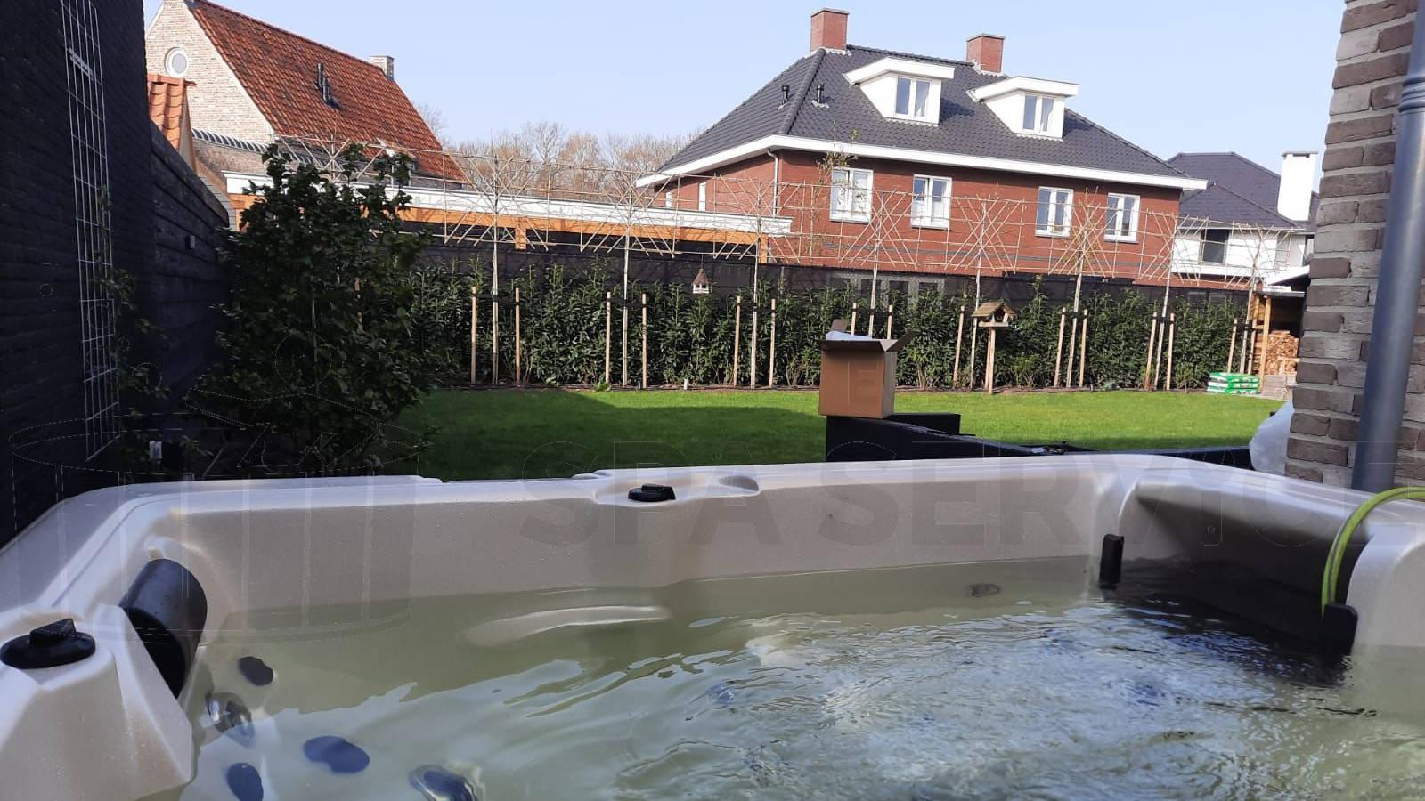 Plaatsing van een spa in Uden