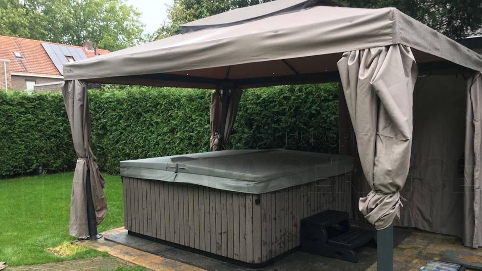 Kraanplaatsing van een spa in Helmond