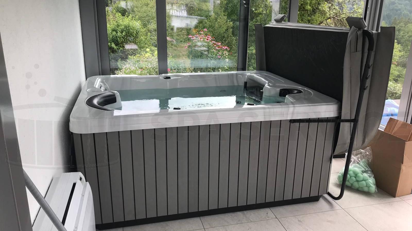 Plaatsing van een spa in Walbröl Duitsland
