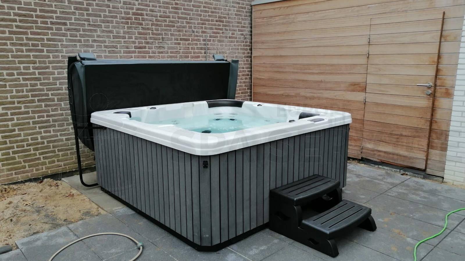 Plaatsing van een spa in Heerlen