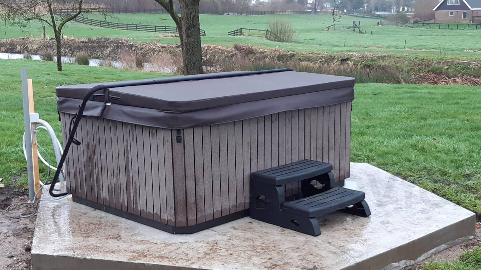 Plaatsing van een spa in Zevenhoven