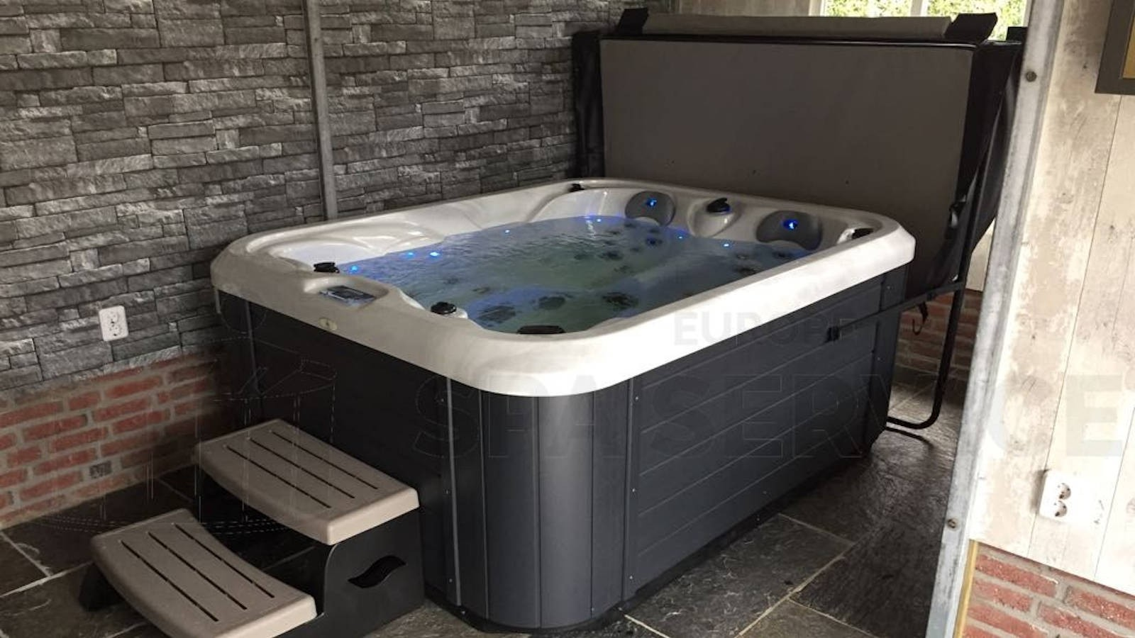 Plaatsing Allseas Daydream DS 101 spa in Ossendrecht