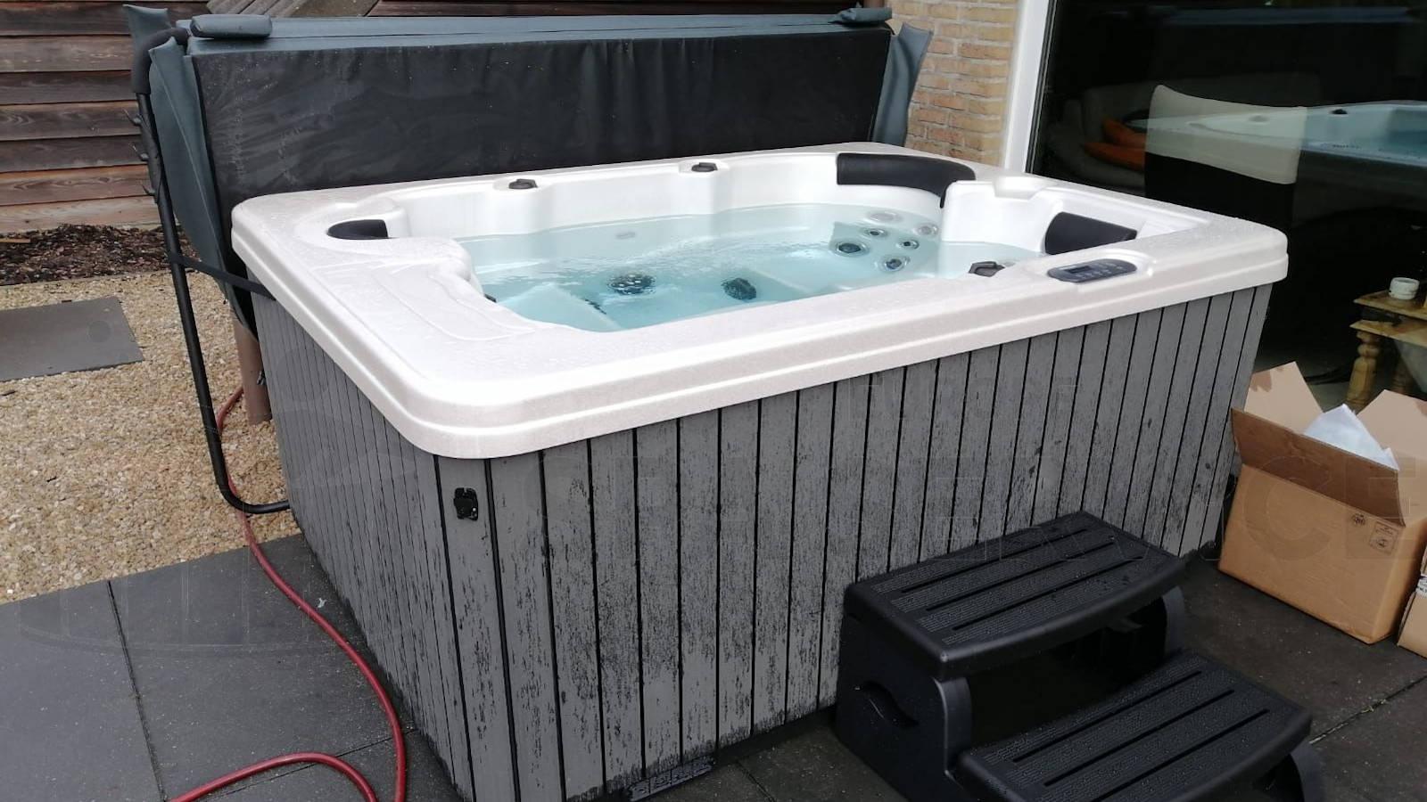 Plaatsing van een spa in Blankenberge België