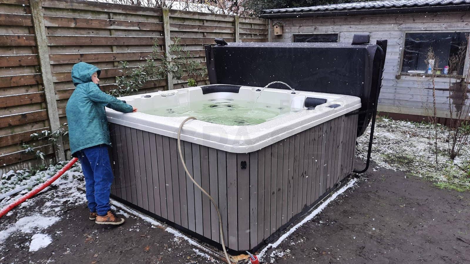 Plaatsing van een spa in Beerse België