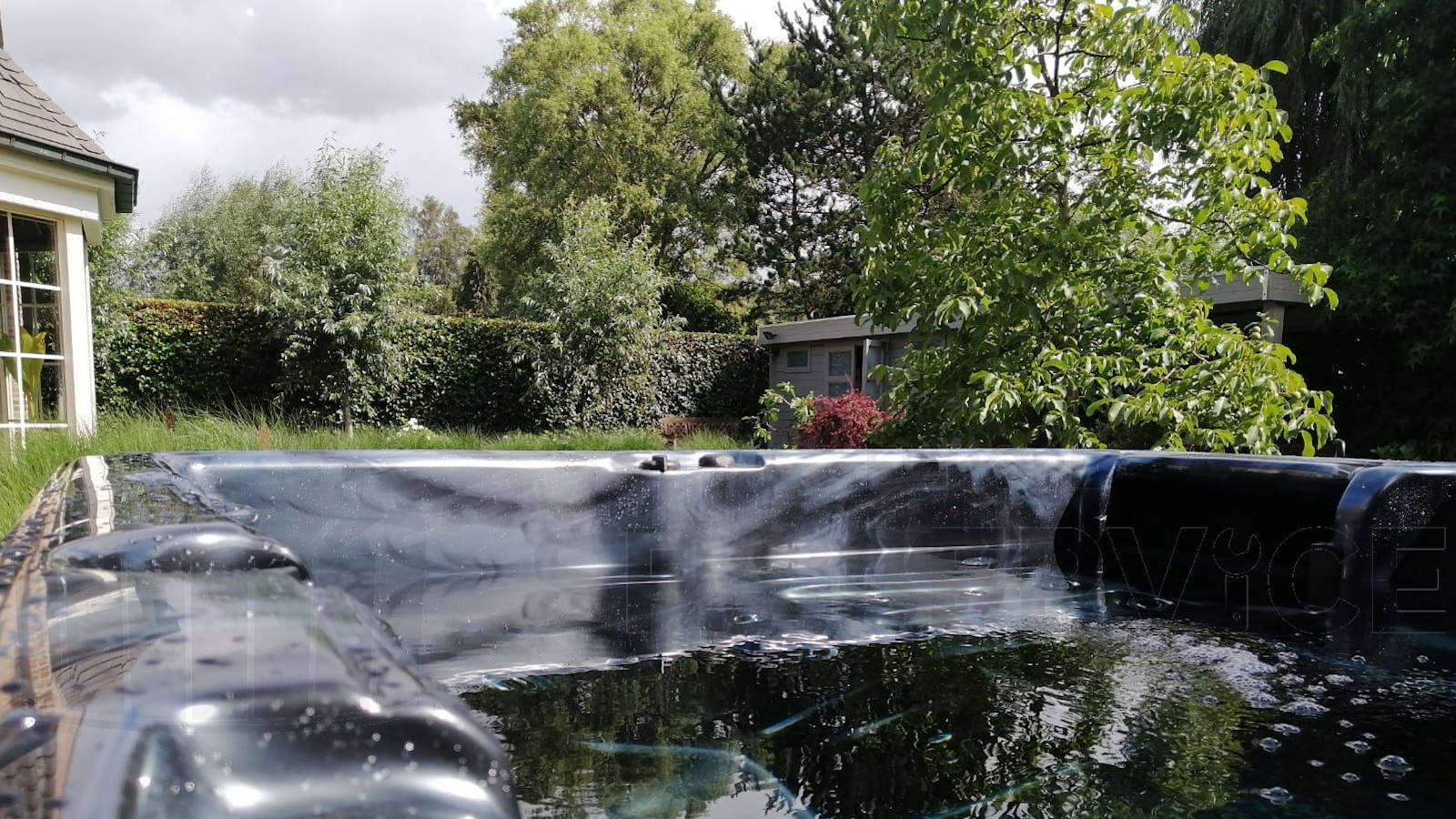 Plaatsing van een spa in Waasmunster België