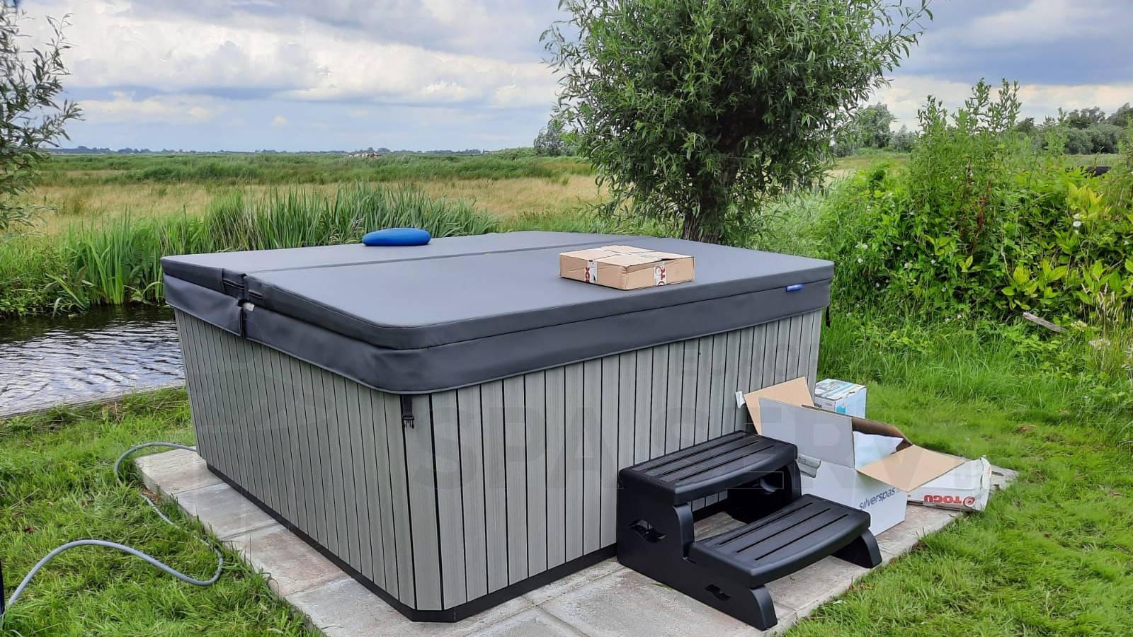 Plaatsing van een spa in Landsmeer