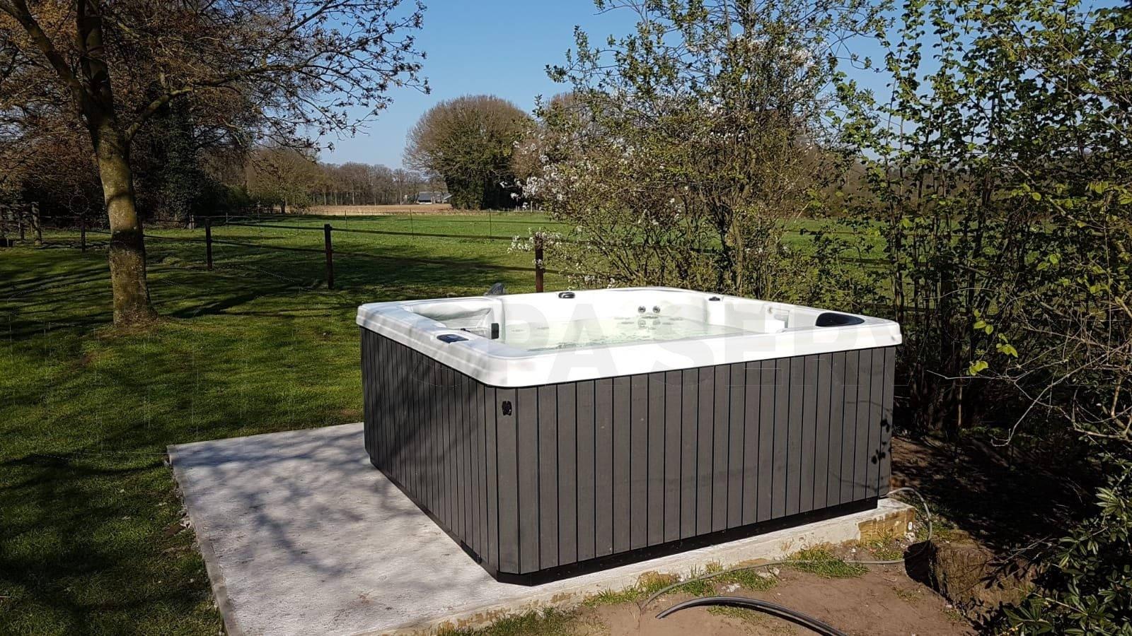 Plaatsing van een spa in Vorden