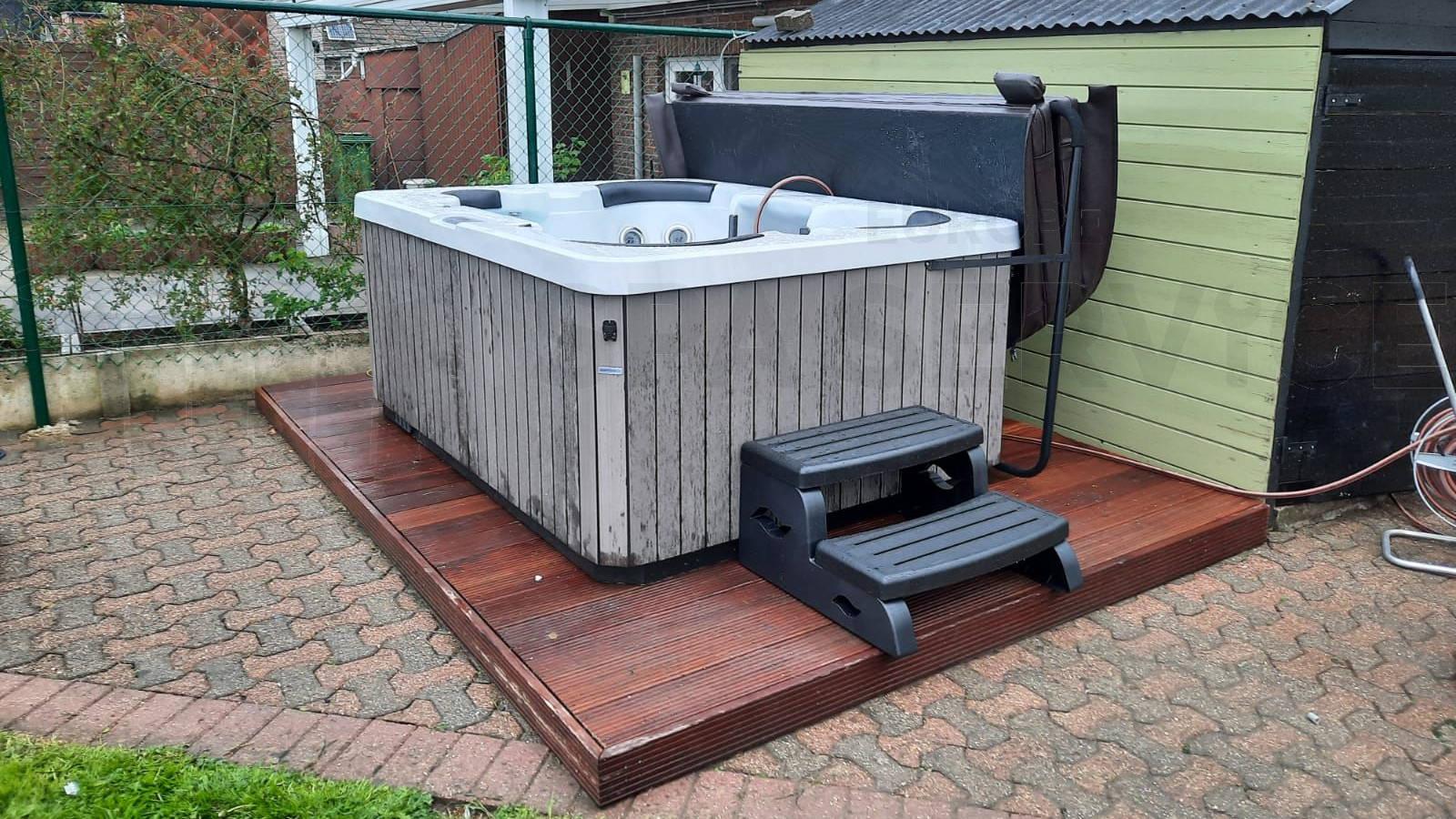 Plaatsing van een spa in Hoegaarden België