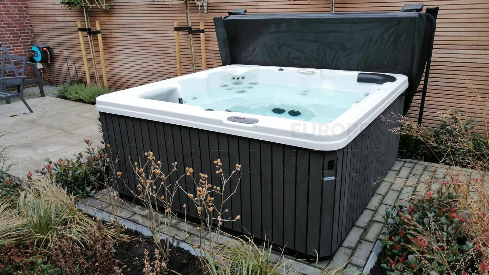 Plaatsing van een spa in Veenendaal