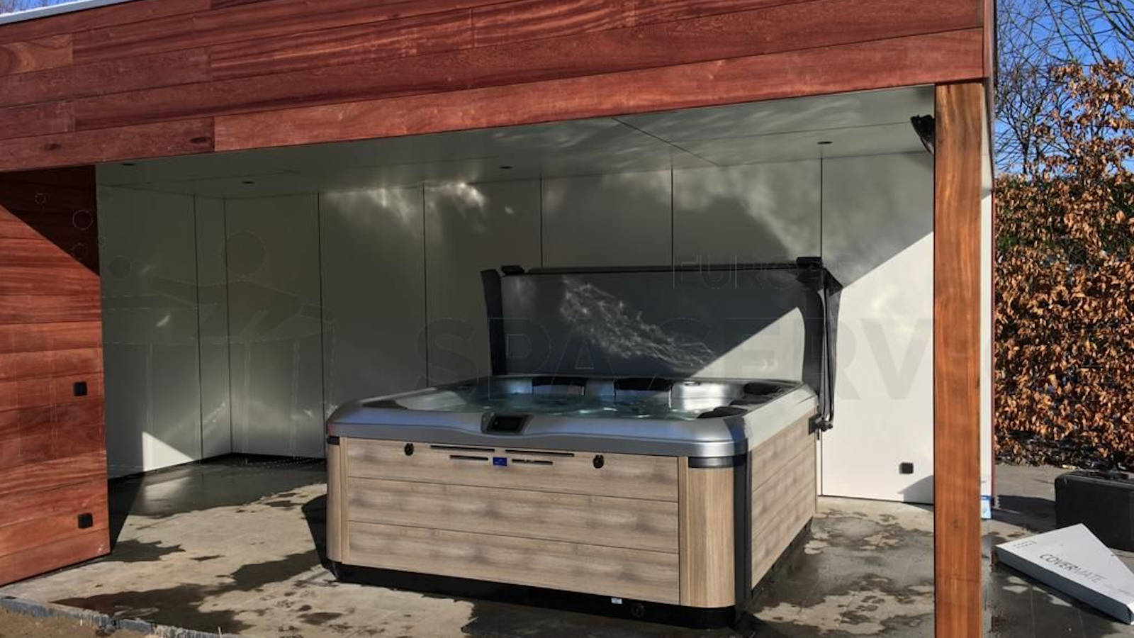 Plaatsing van een Villeroy & Boch A8D spa in Stekene België