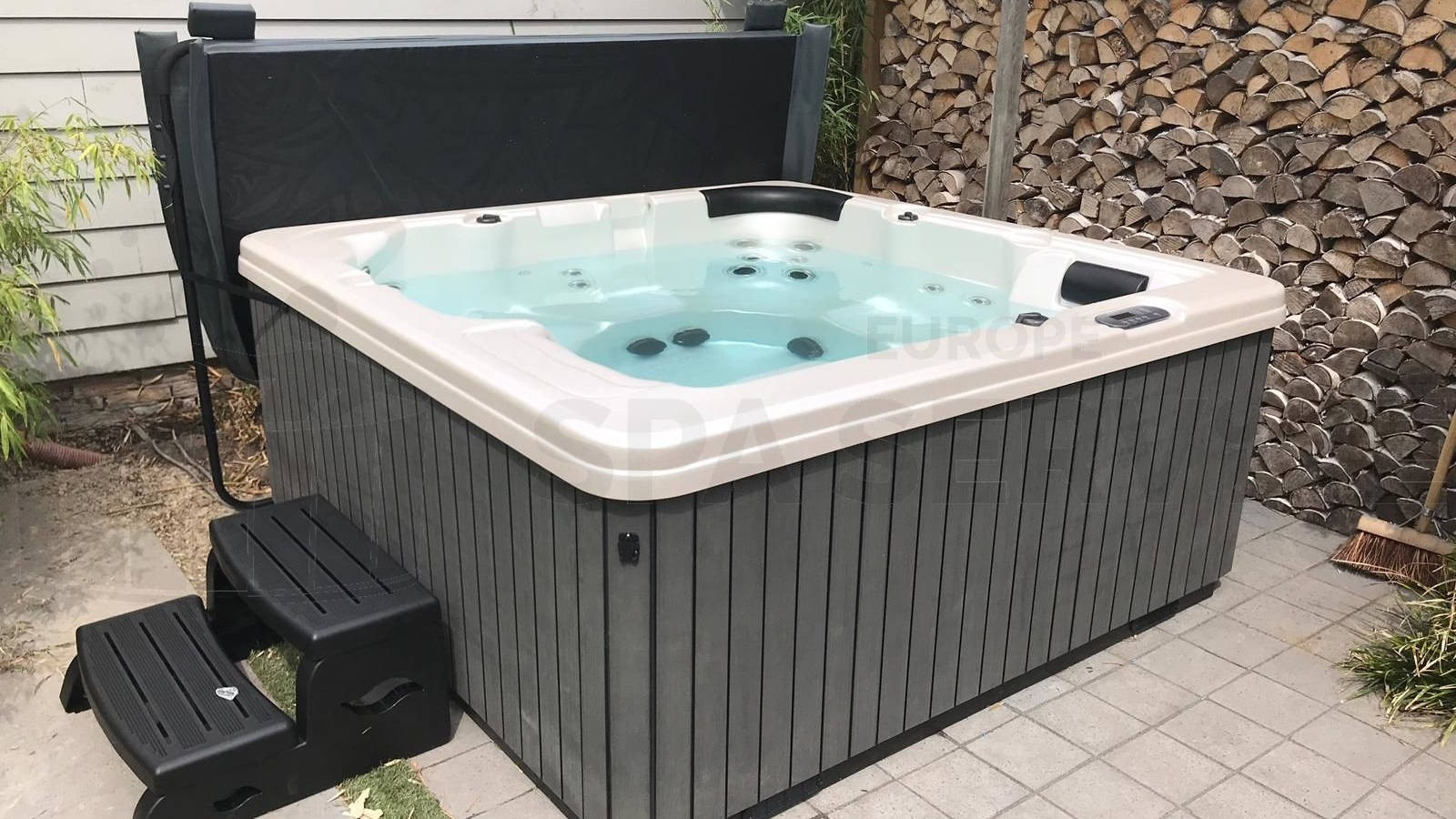 Plaatsing van een spa in Medemblik