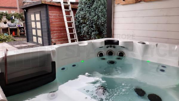 Plaatsing van een spa in Veldwezelt