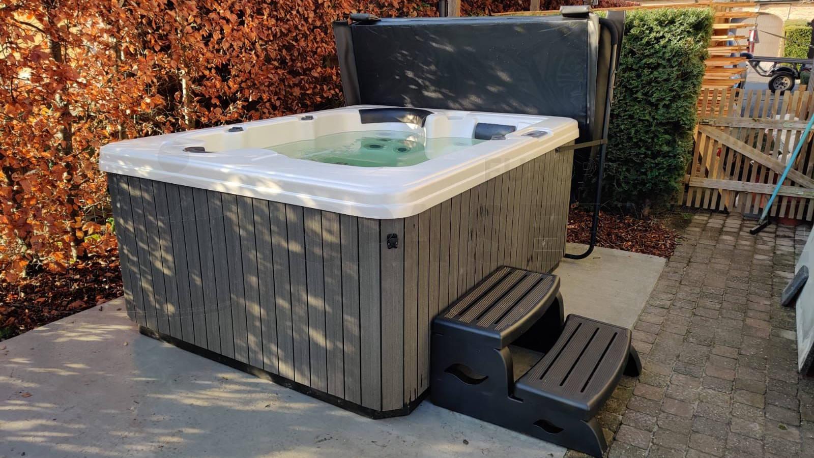 Plaatsing van een spa in Overmere België