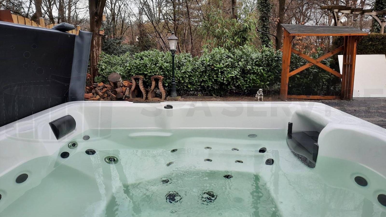 Plaatsing van een spa in Venray