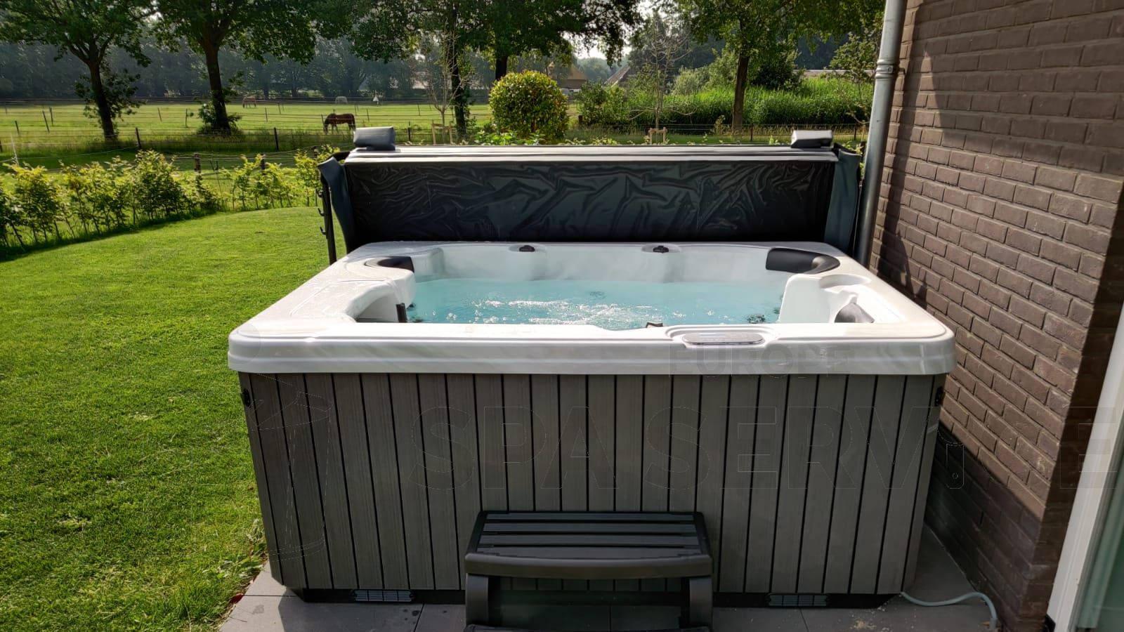 Plaatsing van een spa in Laag-Soeren