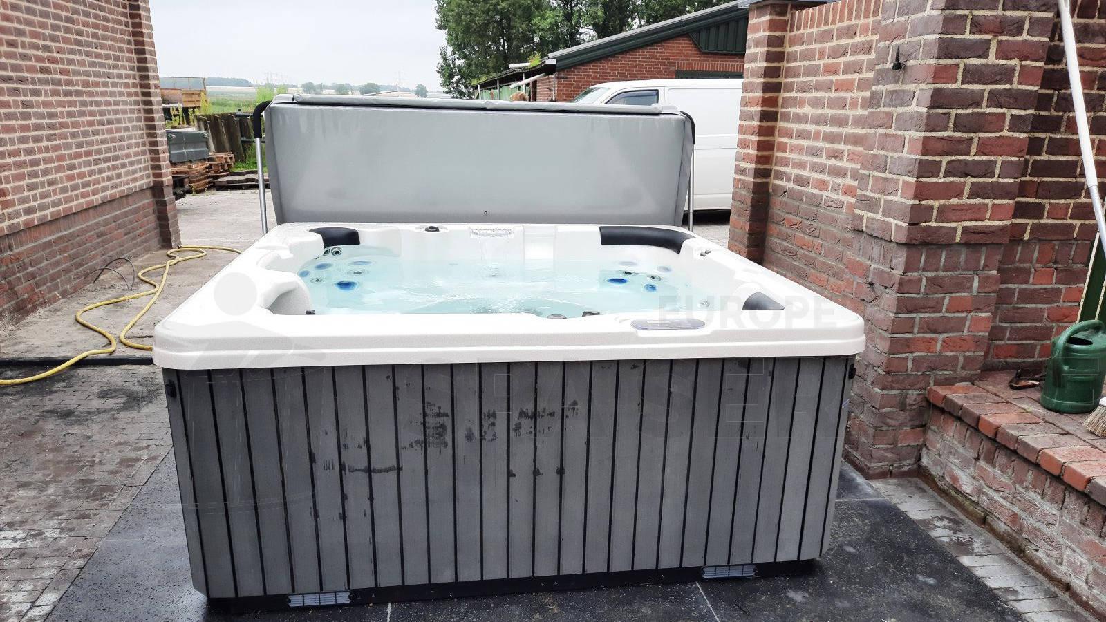 Plaatsing van een spa in Beringen