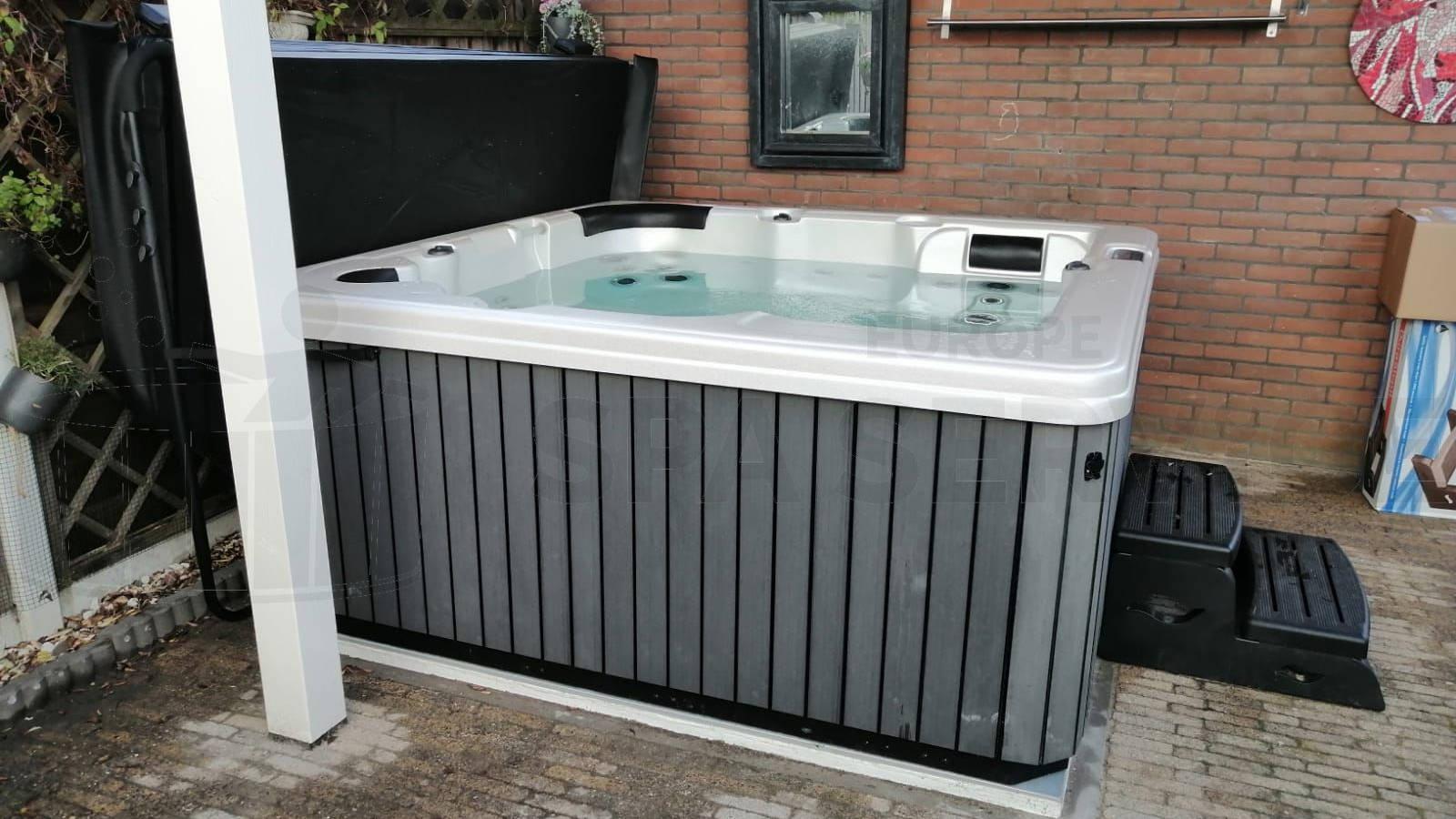 Plaatsing van een spa in Rozenburg