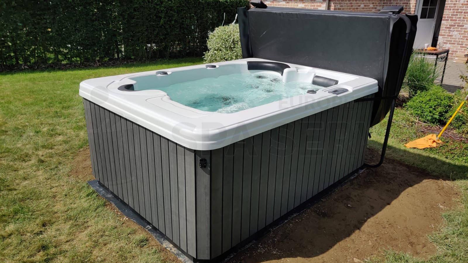 Plaatsing van een spa in Jalhay België