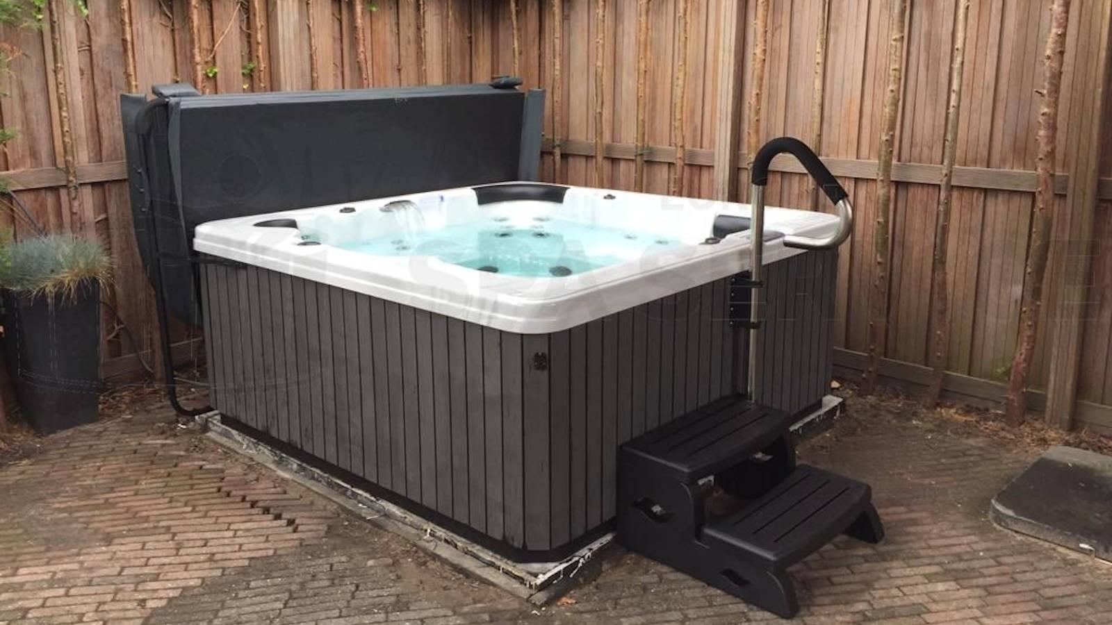 Plaatsing van een spa in Amstelveen