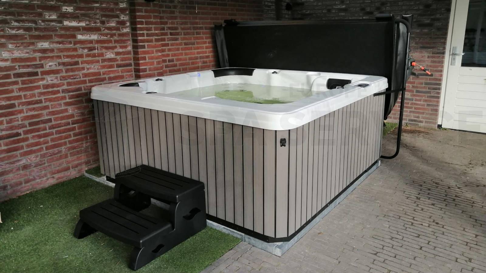 Plaatsing van een spa in Volkel