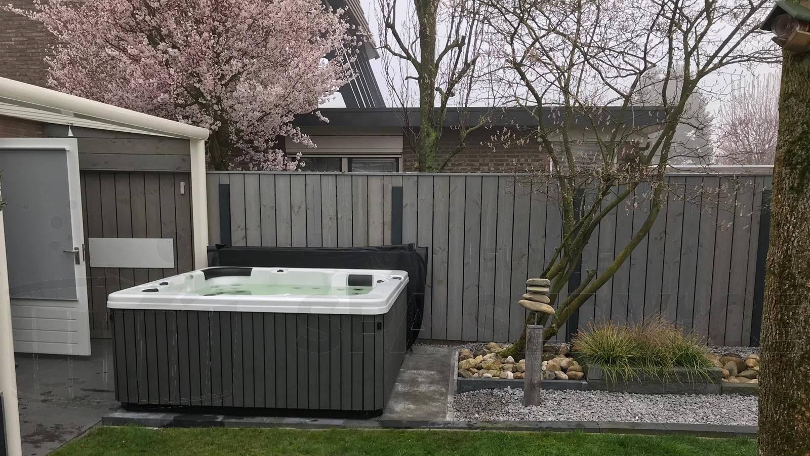 Plaatsing van een spa in Roosendaal