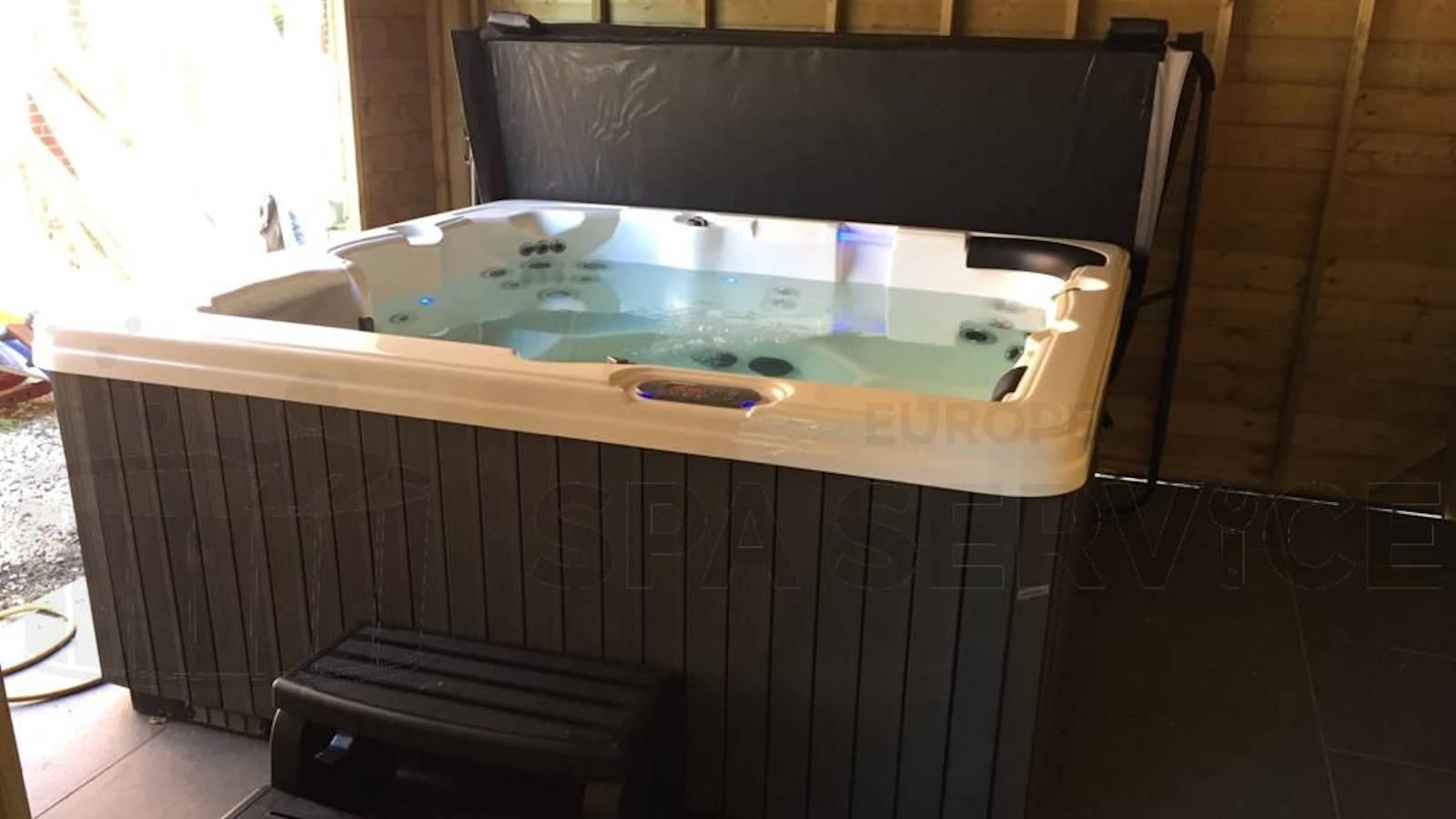 Plaatsing van een spa in Pelt België