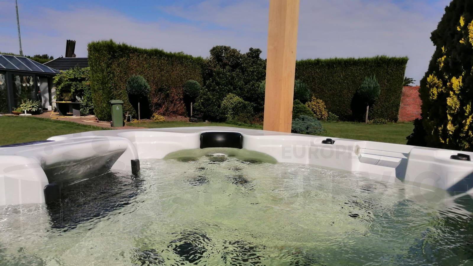 Plaatsing van een spa in Gassel