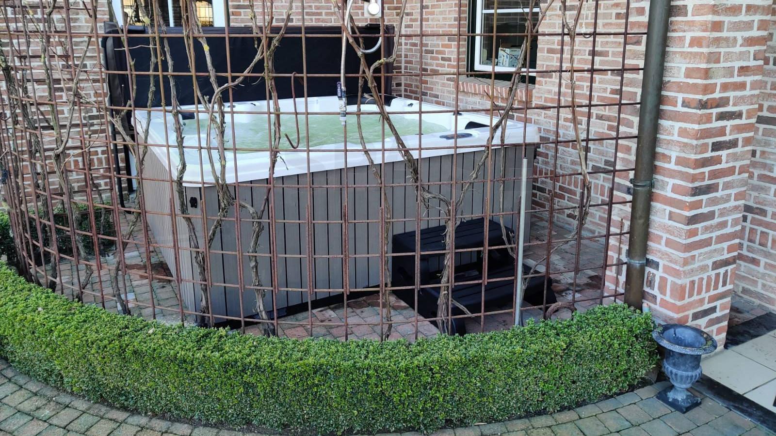 Plaatsing van een spa in Neerpelt België