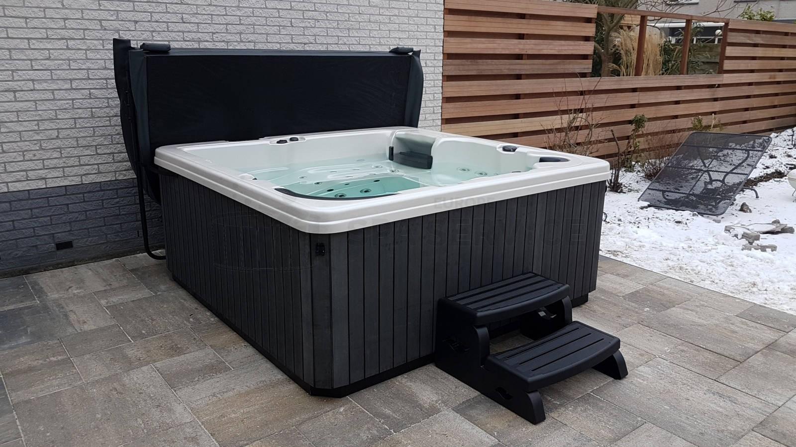 Plaatsing van een spa in Heerhugowaard