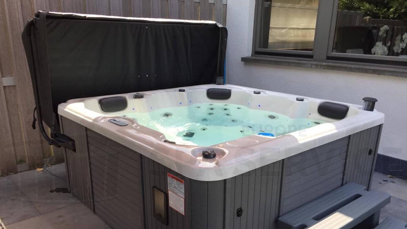 Plaatsing van een spa in Deurne