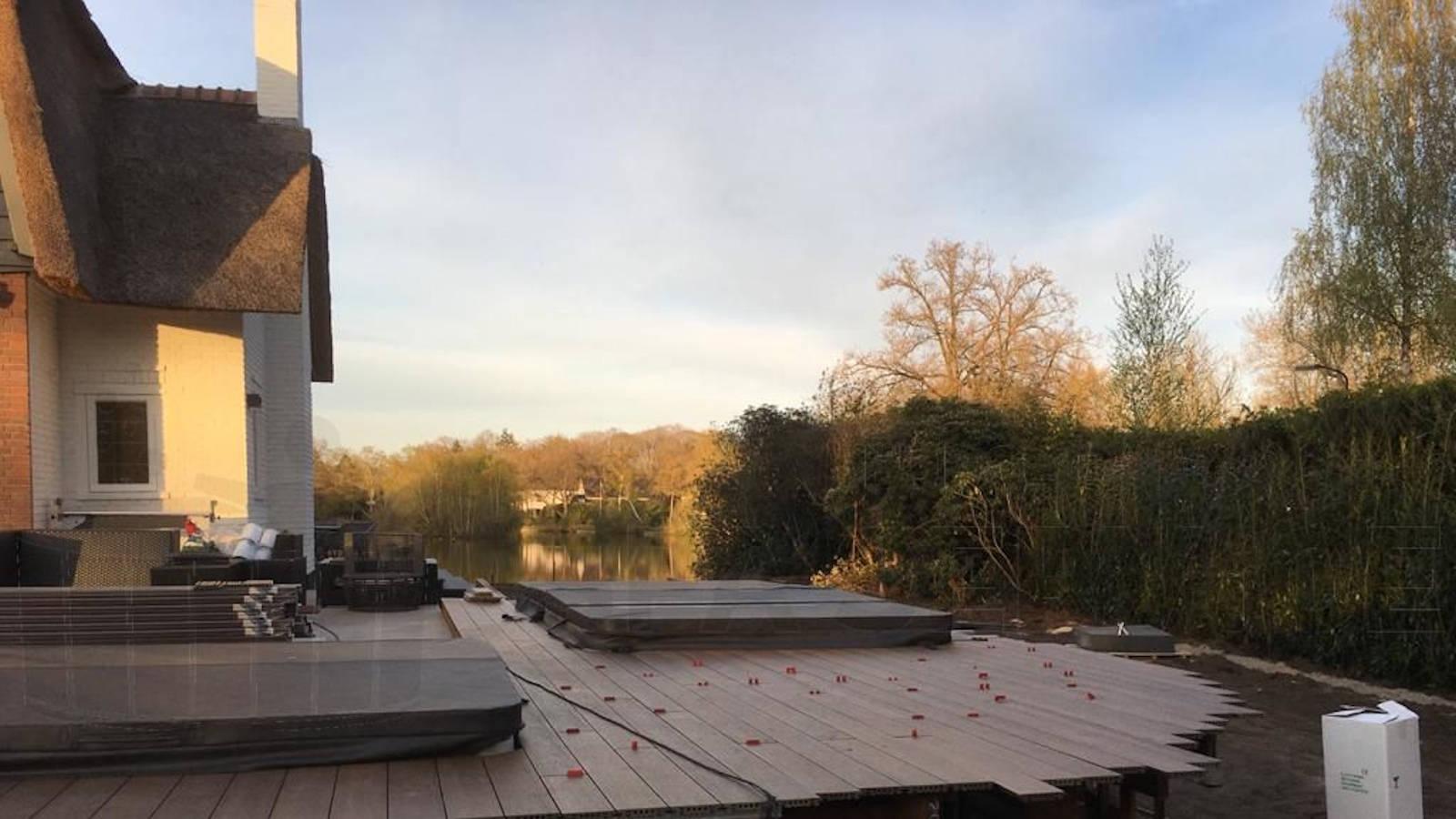 Installatie van 2 automatische doseersystemen voor een spa en zwemspa in Oisterwijk