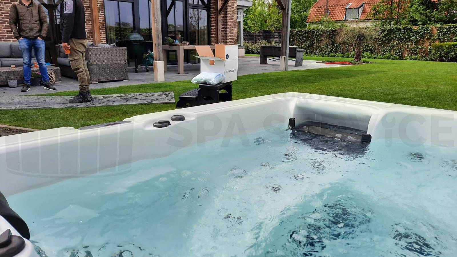 Plaatsing van een spa in Honselersdijk