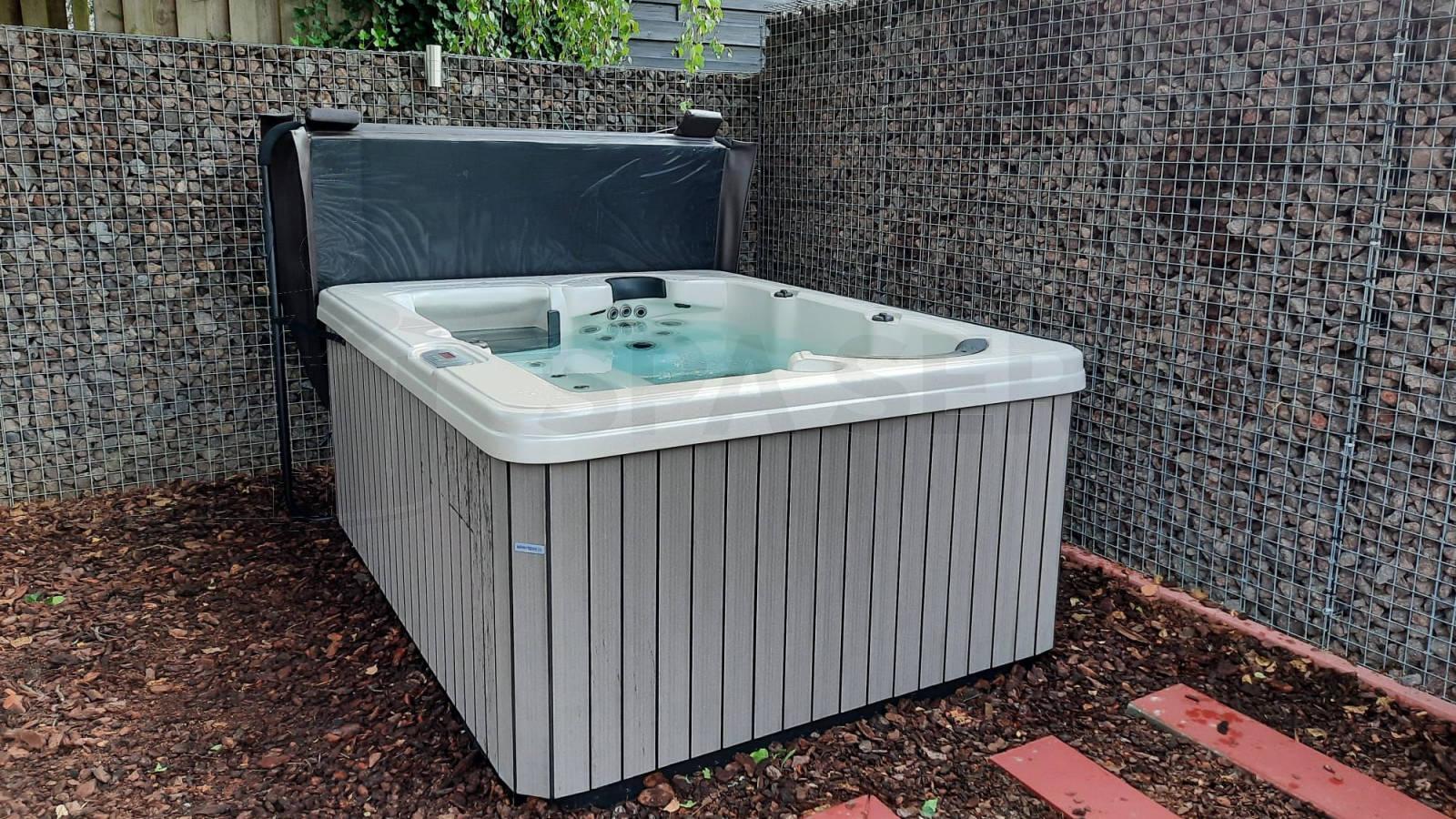Plaatsing van een spa in Wezemaal België