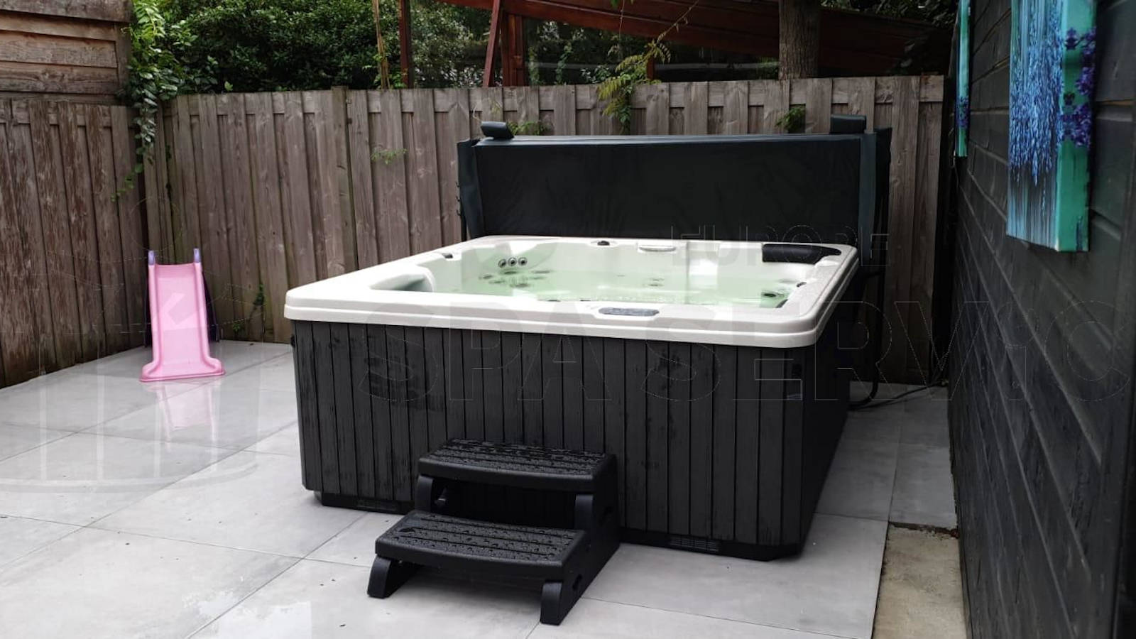 Plaatsing van een spa in Breda