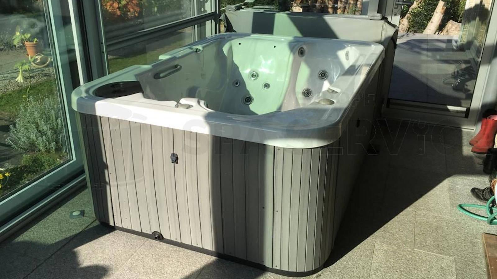 Plaatsing van een spa in Mariakerke België