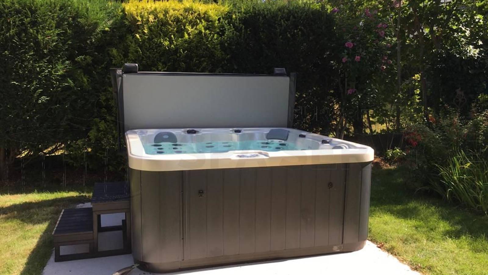Plaatsing van een spa in Linkebeek België