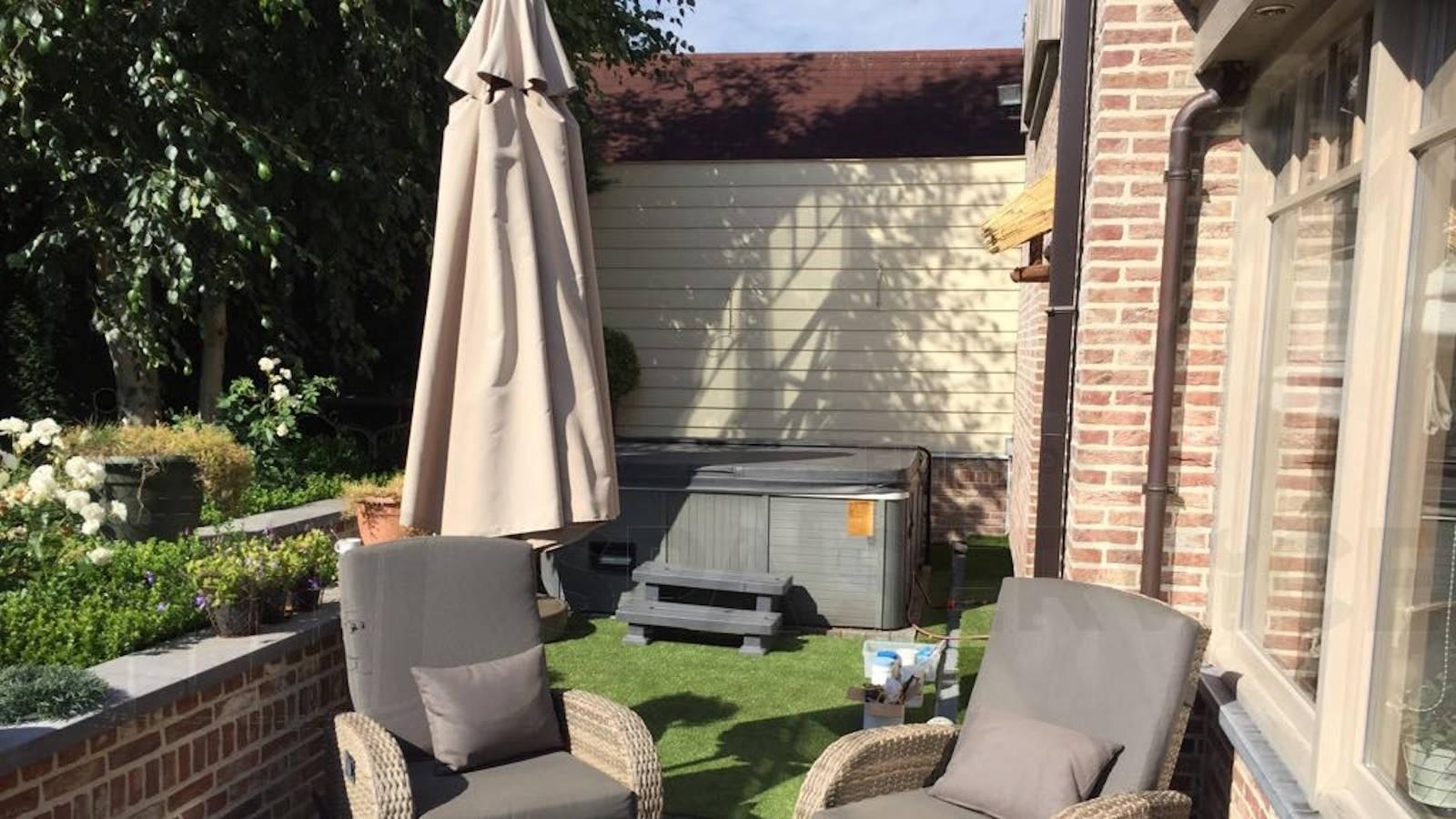 Ozonator vervangen van een Bubbelkoning Venice spa in Landskouter België