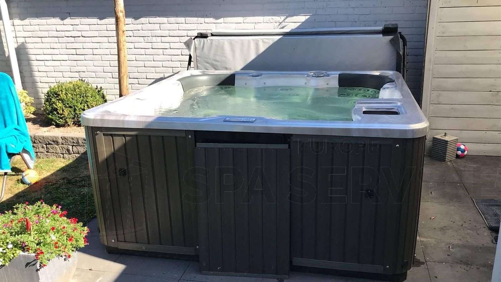 Reparatie van een Q spa in Vierlingsbeek