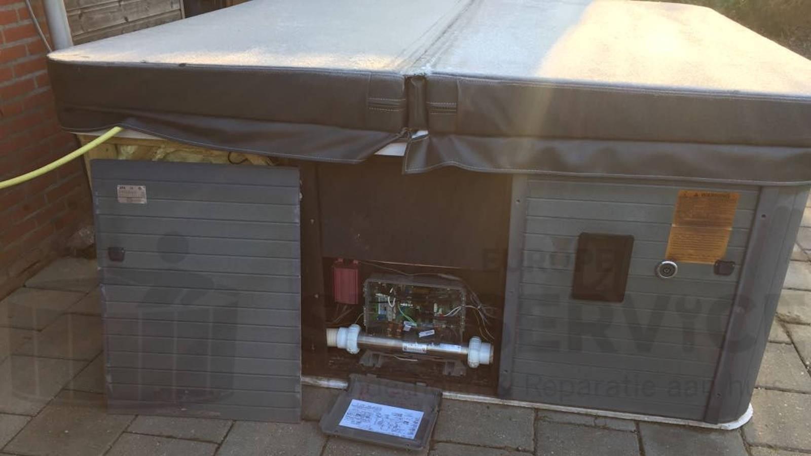 Reparatie lekkage van een Chinese spa in Kessel