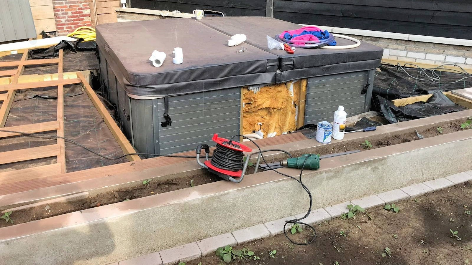 Reparatie lekkage aan een Bubbelkoning Santa Cruz spa in Rijssen
