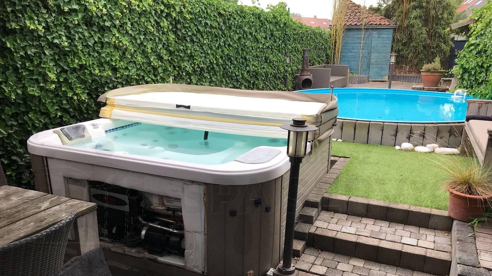 Reparatie circulatiepomp van een Dimension One spa in Tienen België