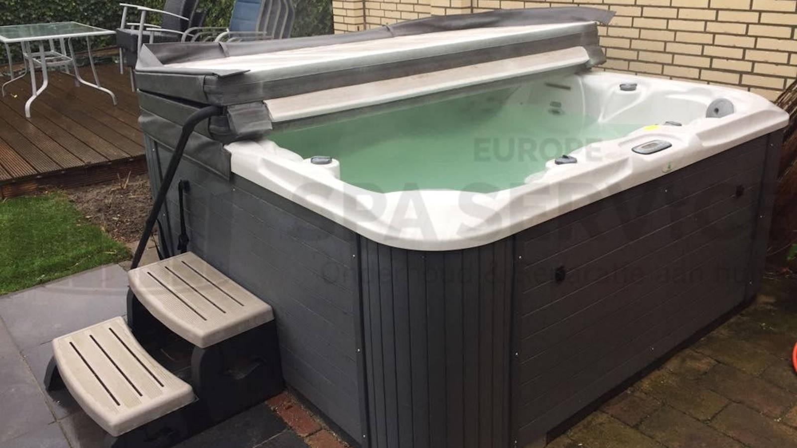 Ozonator vervangen van een Allseas spa in Roosendaal