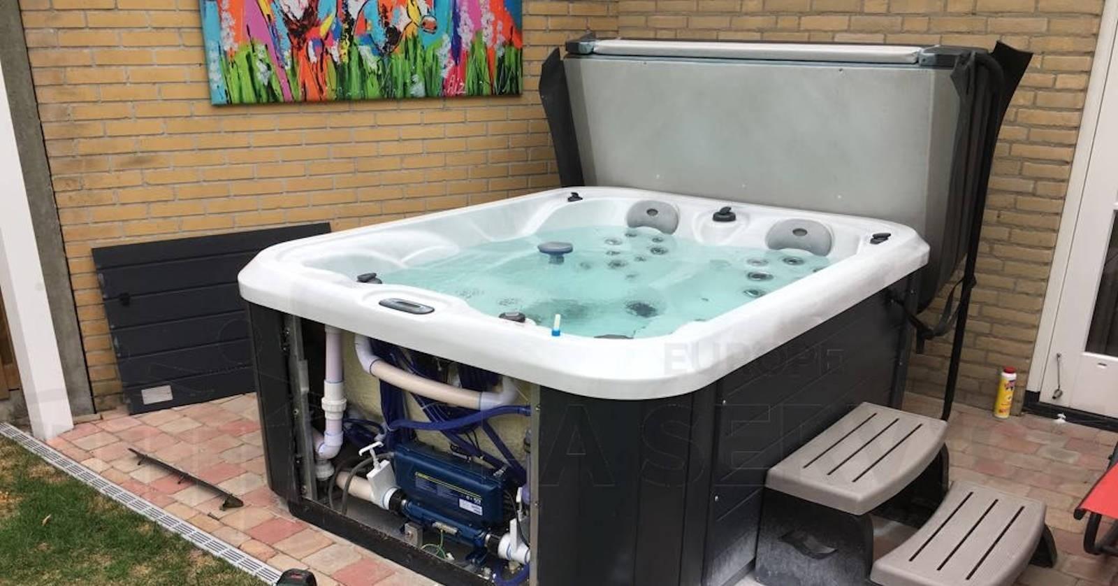 Aromahouder vervangen van een Allseas DS-101 spa in Goirle