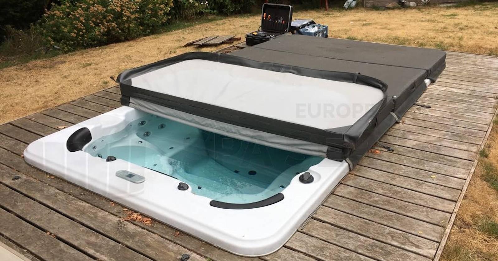Reparatie besturing van een zwemspa in Zoersel België