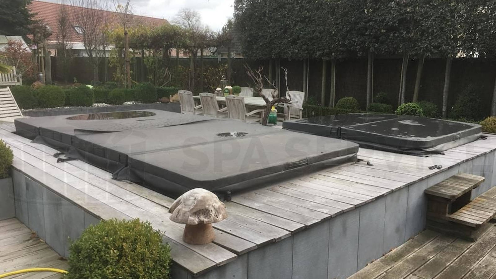 Reparatie lekkage aan een Sunspa zwemspa in Roeselare België