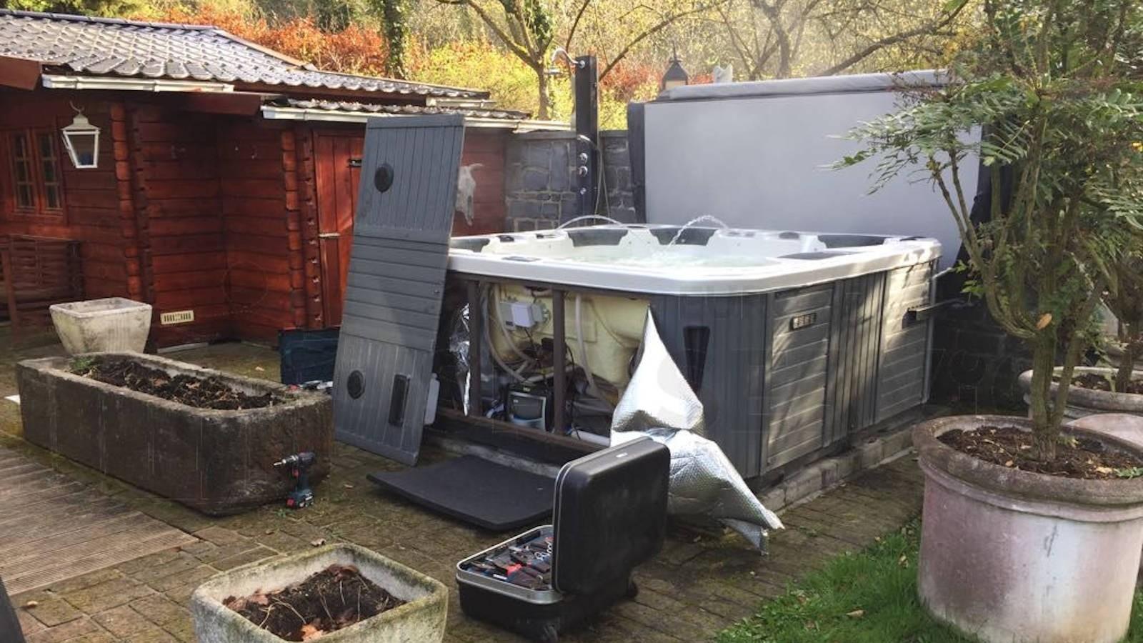 Ozonator vervangen en algehele controle van een Chinese spa in Vieuxville België