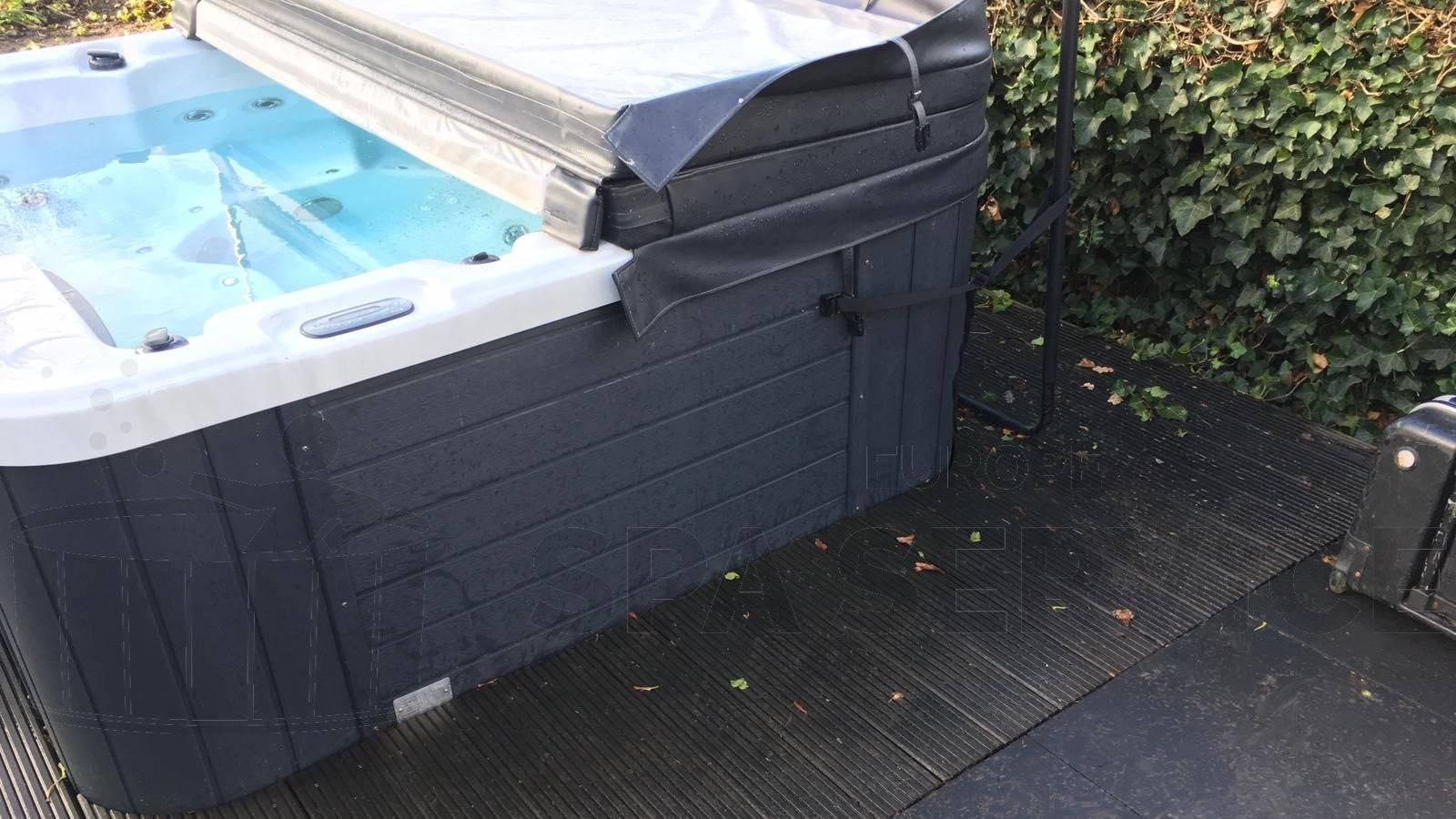 Ozonator vervangen en algehele controle va een Allseas spa in Bergen op Zoom