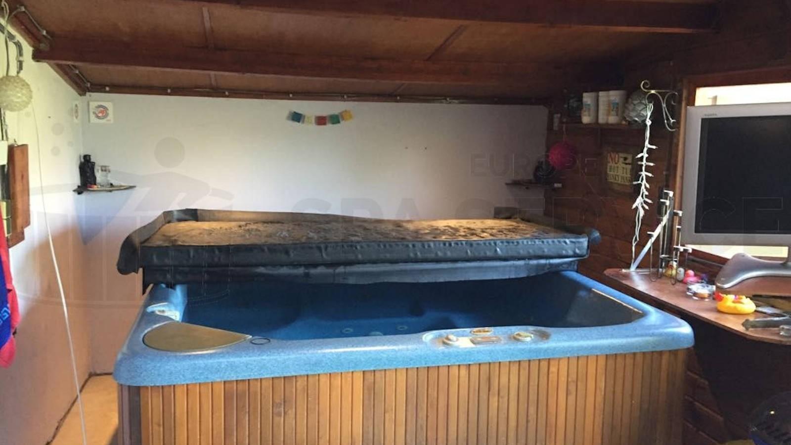 Lekkage verholpen aan een Beachcomber spa in Andelst