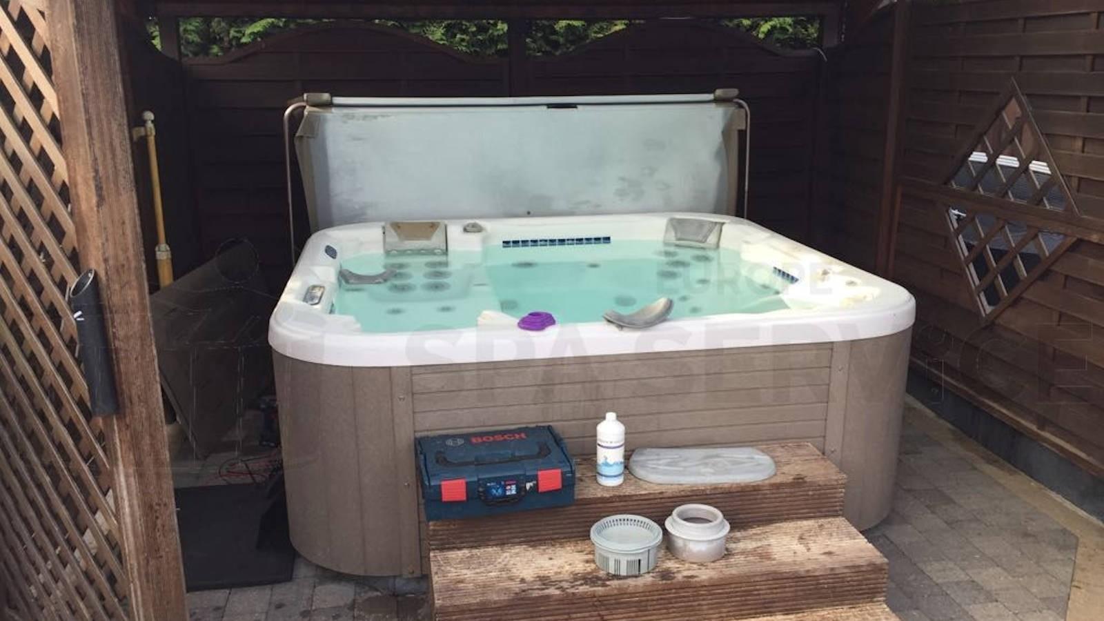 Reparatie verwarming van een Dimension One spa in Anderlecht België
